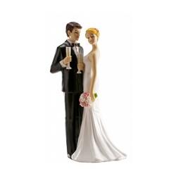 Couple de mariés champagne