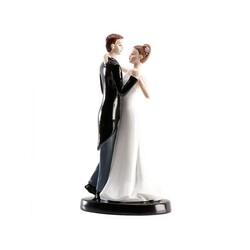 Couple de mariés danse romantique