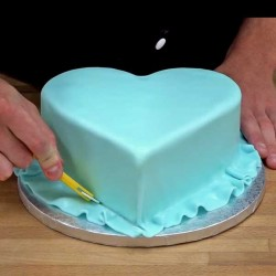 """Pack produits Tuto """"recouvrir un gâteau de pâte à sucre"""""""