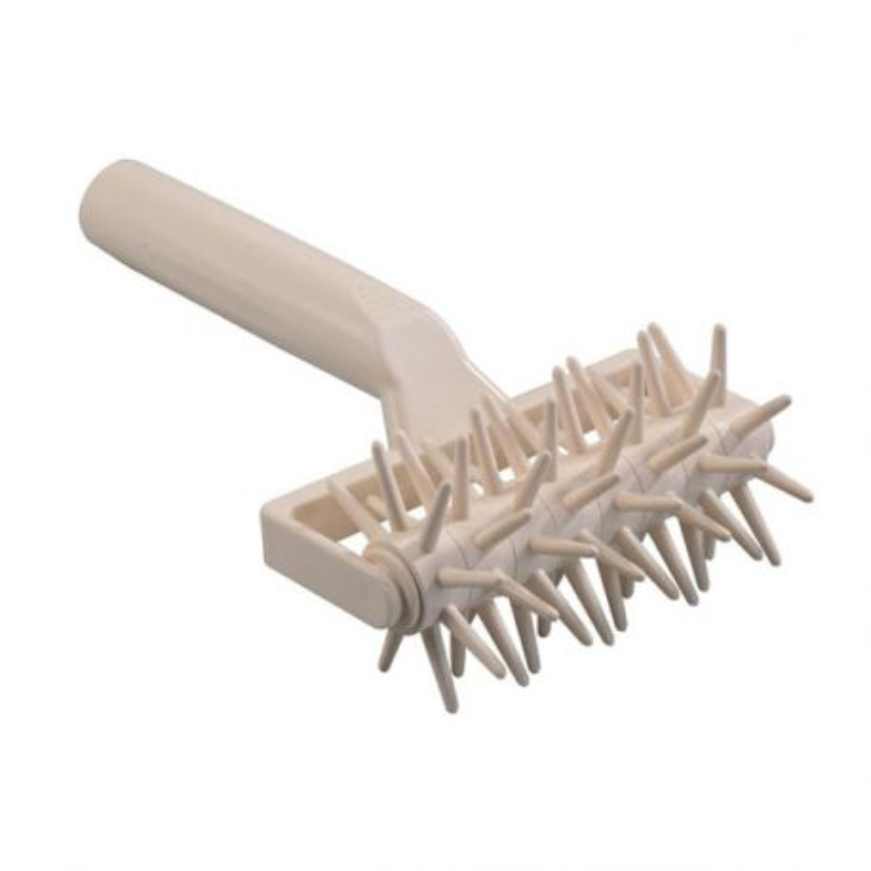 Rouleau pique pâte métal 12 cm