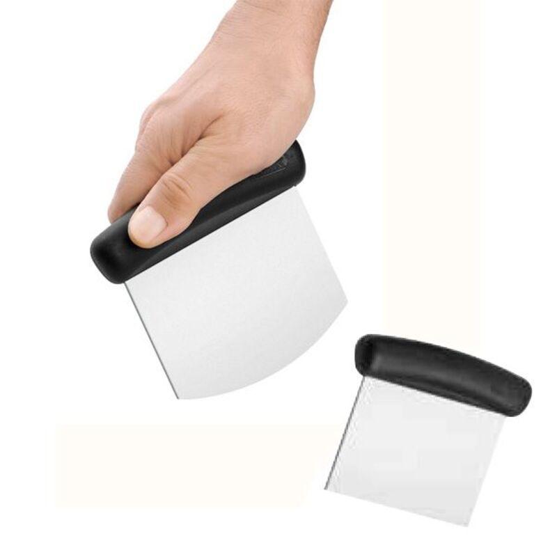 Coupe pâte carré lame rigide Déglon