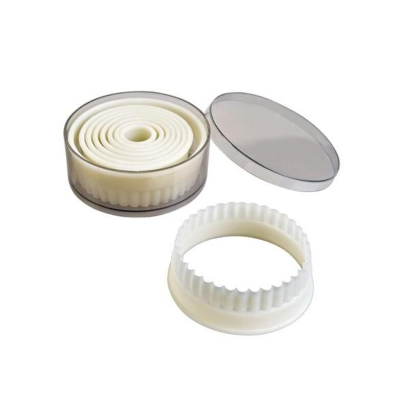 Découpoirs ronds cannelés assortis (x9)
