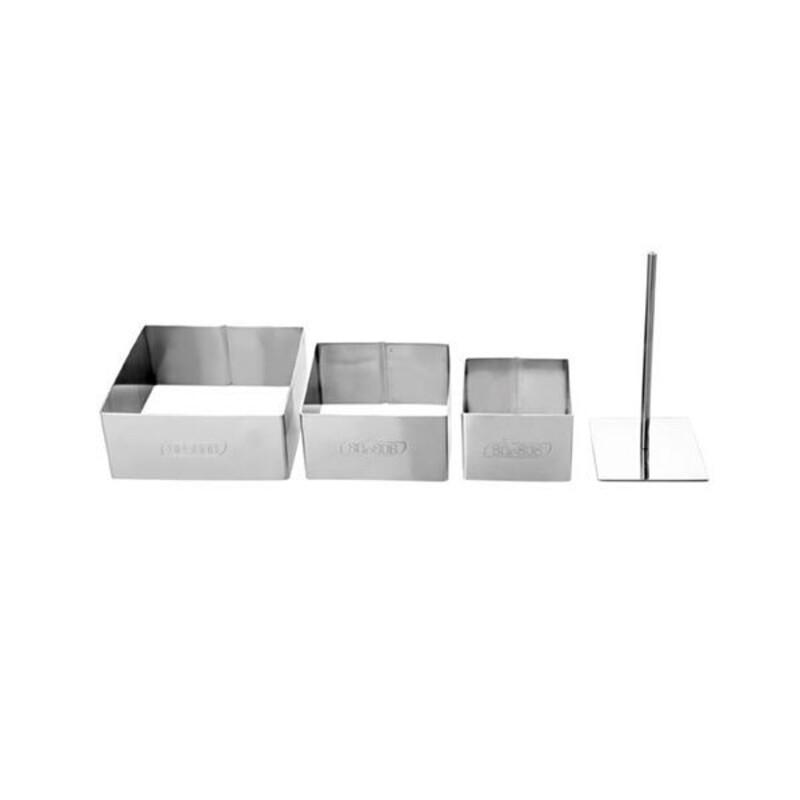 Découpoirs carrés + poussoir assortis (x3)