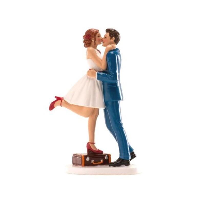 Couple mariés enlacés avec valise 16 cm
