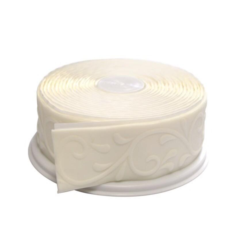 5 m de Ruban pâte à sucre blanc motif arabesques