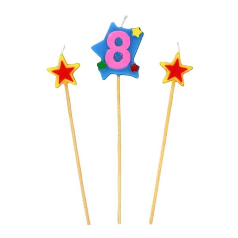 Bougies chiffre 8 et étoiles Gatodéco