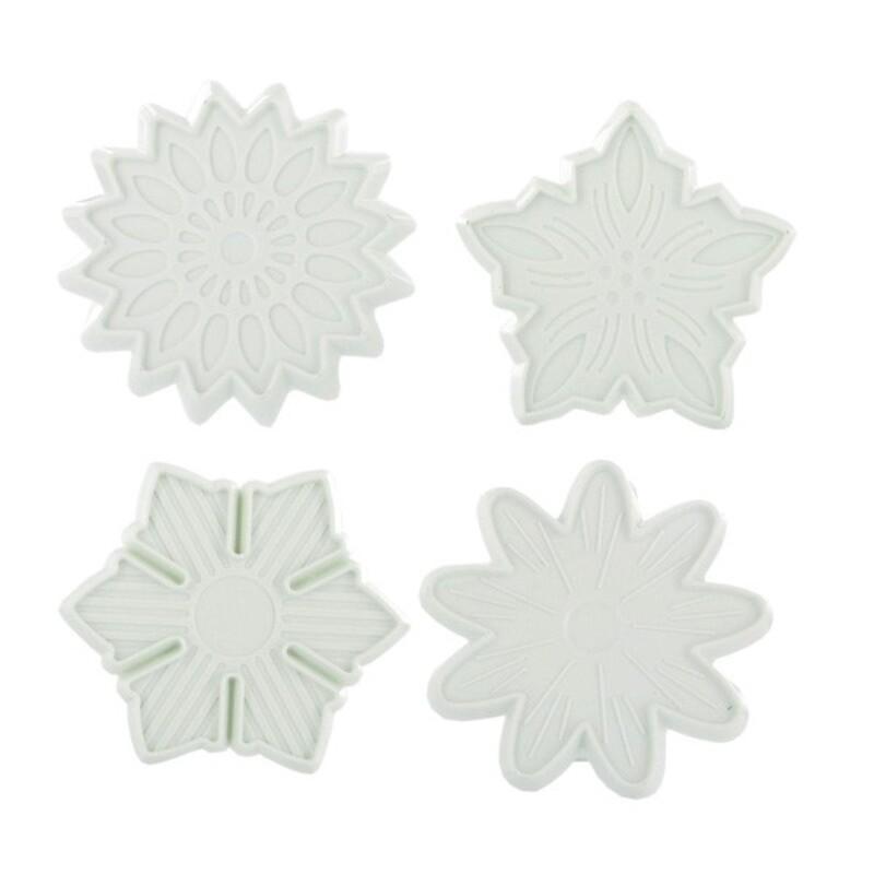 Découpoirs éjecteurs fleurs assorties Technicake (x4)